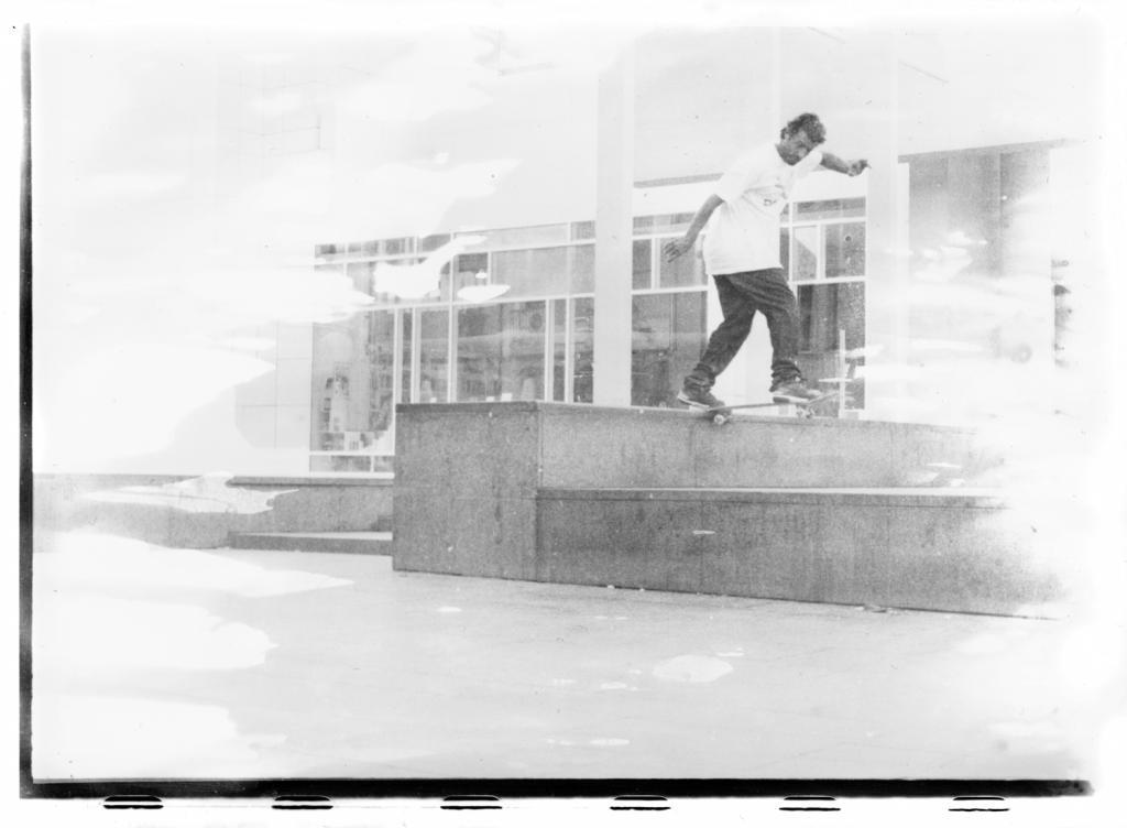 Daniel Le Bron- bs tailslide-2009